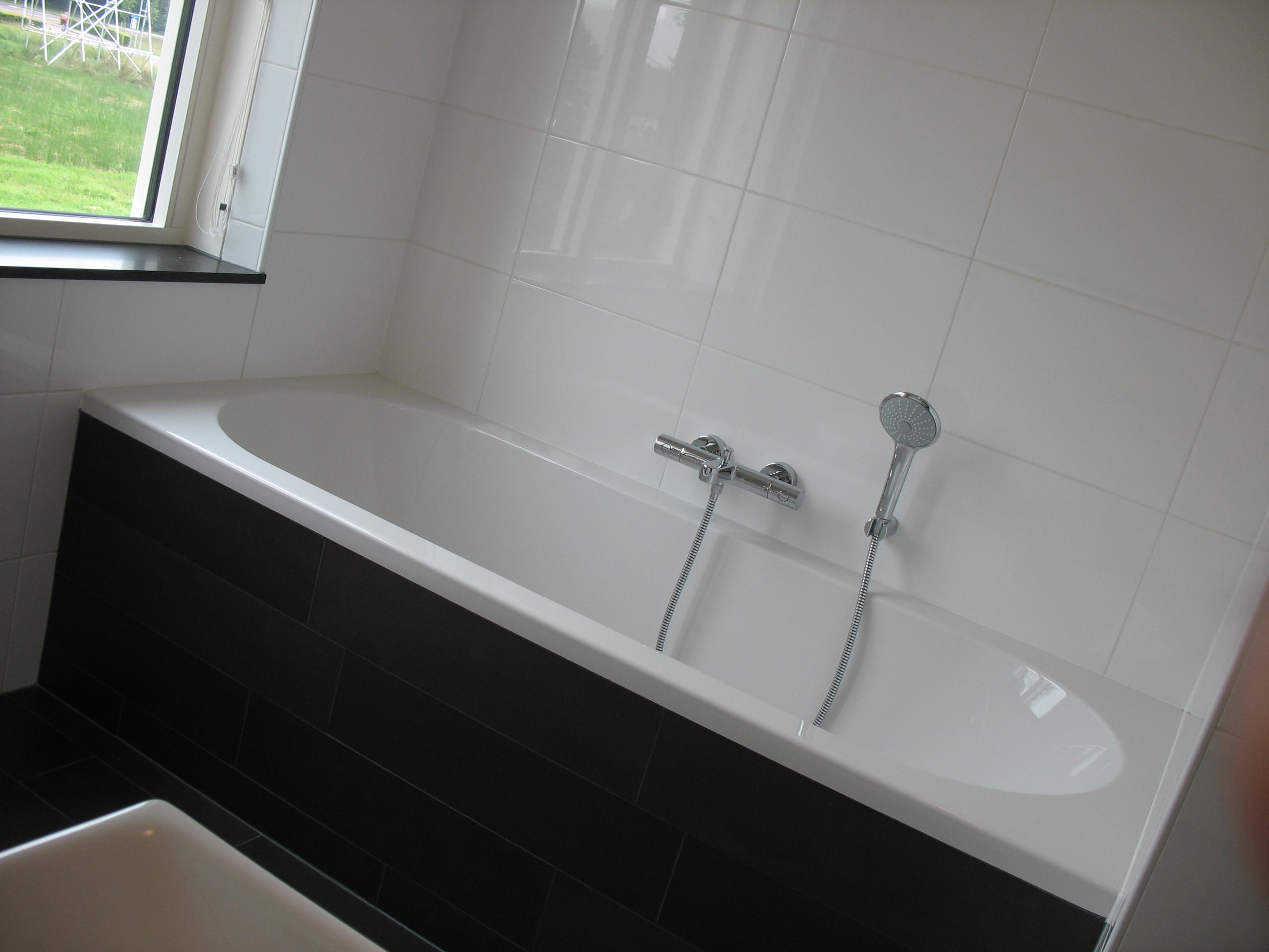 Verbouw badkamer Drachten – Hofstee Bouw – Bouwen op elkaar en voor ...